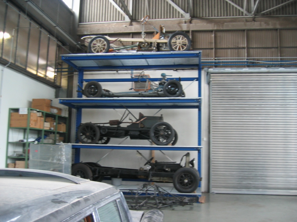Mercedes benz classic center in fellbach germany 3to5 xgo for Mercedes benz classics center